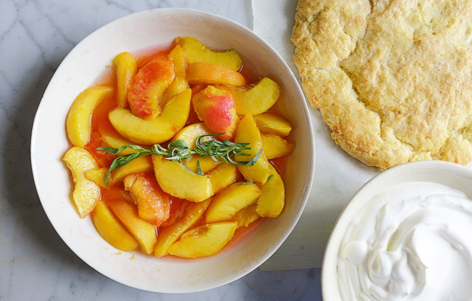 peach-tarragon-shortcake-940x600